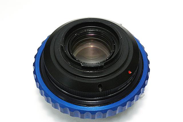 写真13 Pen-F側口径がギリギリなので、ロック機構を外したが、ミラーにも当たることなく快適にフィルム撮影が楽しめる
