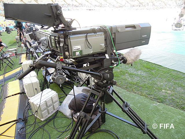 8KカメラSHV-8000。試合会場には3台配置され、そのうち2台はビデオレコーダーを接続しスロー収録も行われた