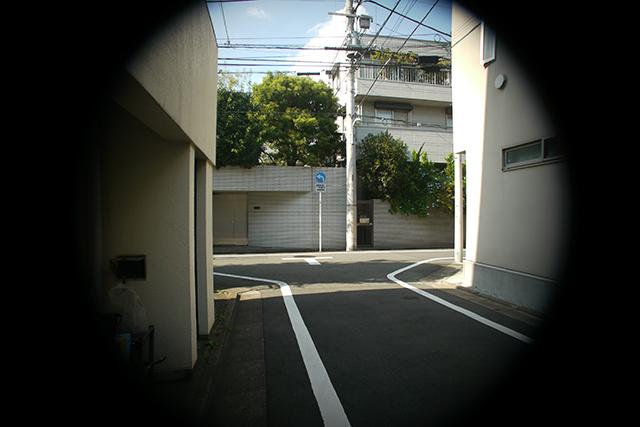 写真8 シネゴン 10mm F1.8[No.8910764]をF2.8で撮影
