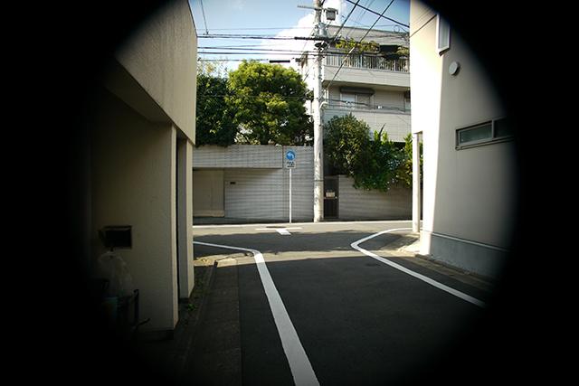 写真9 シネゴン 10mm F1.8[No.9085323]をF2.8で撮影