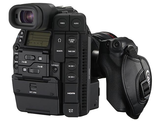 EOS C500と同様の3G-SDIによる4K RAWデータ出力が、カメラ本体記録と同時に可能