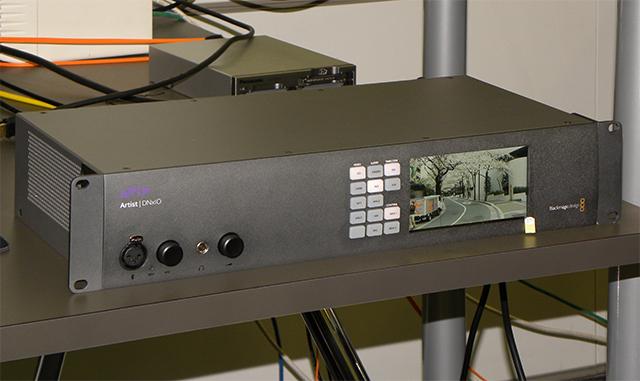 写真1 シングル/デュアル/クアッドリンクSDI入やHDMI2.0を初め、多彩な入出力に対応。DNxHRのハードウェアエンコーダーも搭載している