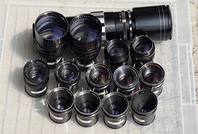 写真3 本稿でテストした14本のレンズ。35mmスタンダード用シネクセノン13本とテレクセナー
