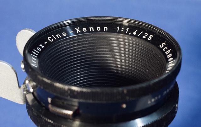 写真13 16mm用の25mm F1.4