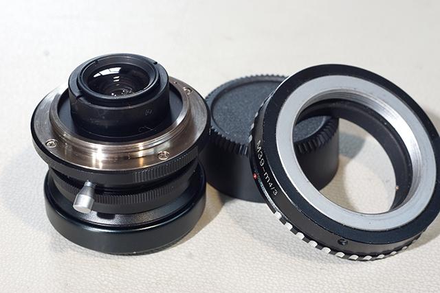 写真20 ライカLマウントとライカL-M4/3マウントアダプター