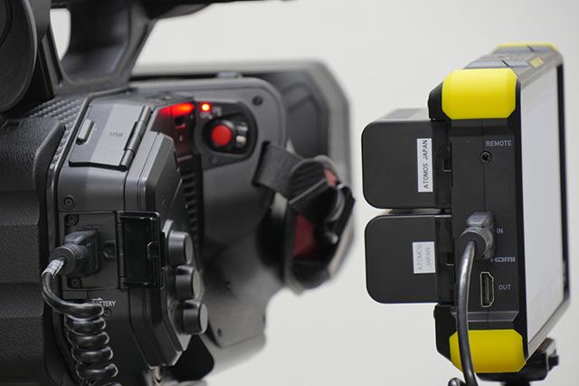 写真8 AG-DVX200とSHOGUN FLAMEをHDMIで接続する