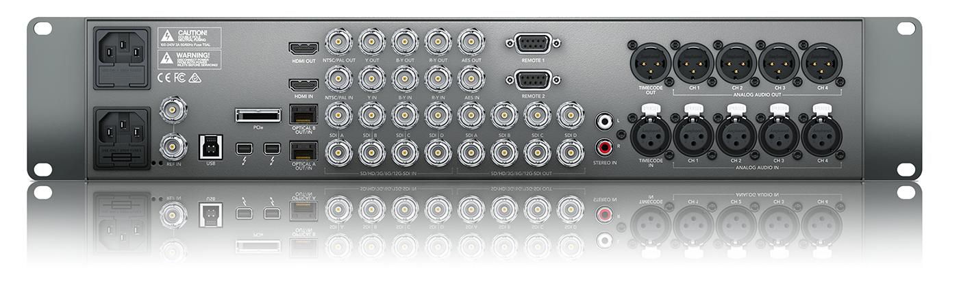 写真2 リアパネル。DNxIOはSDI-シングル/デュアル/クアッドリンク、HDMI(2.0)のビデオI/Oコネクターを装備する。4Kカメラやモニターなど、ビデオ機器の接続において変換アダプターなどが不要だ。編集室で運用する場合、マスターモニター:SDI出力、クライアントモニター:HDMI出力などのモニター接続のほか、ビデオとオーディオのI/Oセンターとして機能的なシステム構築が可能だろう。特に筆者はアナログオーディオのRCA入力、バランス出力が気に入った。これらは編集室でなにかと重宝する