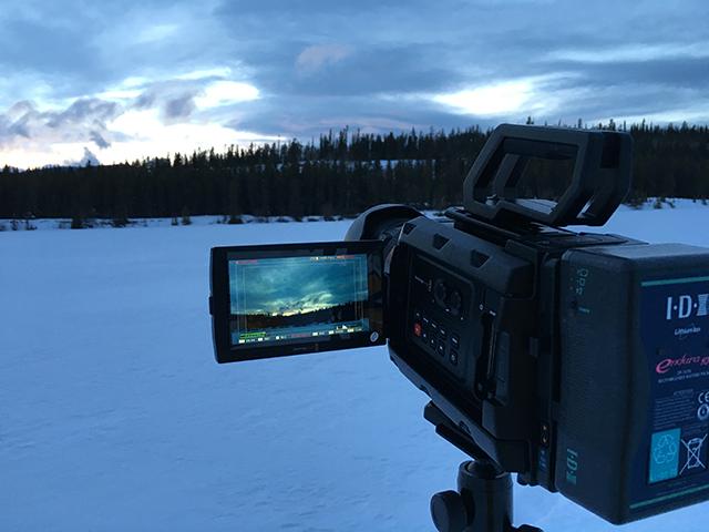 写真4 カナダのユーコン地区で撮影をした。氷点下の雪景色でワンマンのオペレーションだ