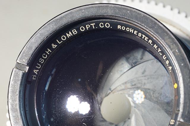 写真1 製造メーカーはアメリカのBausch & Lomb Optical Company