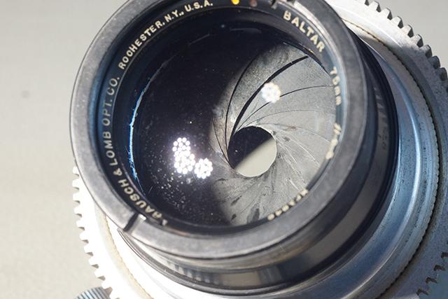 写真26 75mmの16枚の絞り羽根